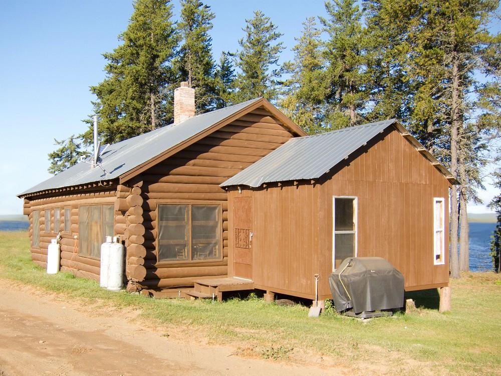 Kab Lake Lodge - Northern Ontario cabins for rent, fishing